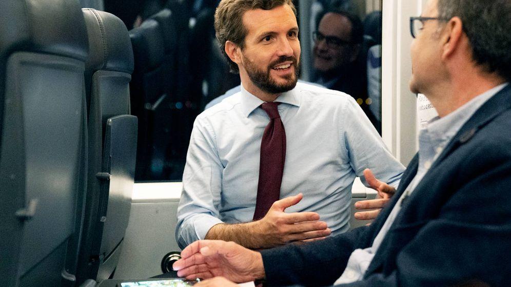 Foto: El líder del PP, Pablo Casado, durante la entrevista. (David Mudarra)
