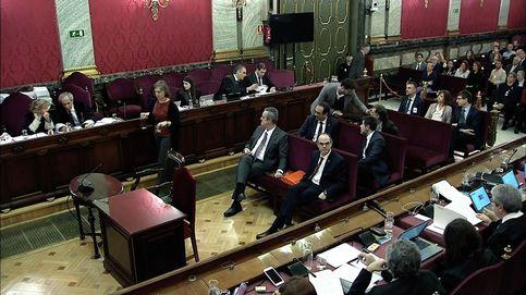 Gabriel Rufián hace la 'cobra' a Santi Vila durante el juicio al 'procés'