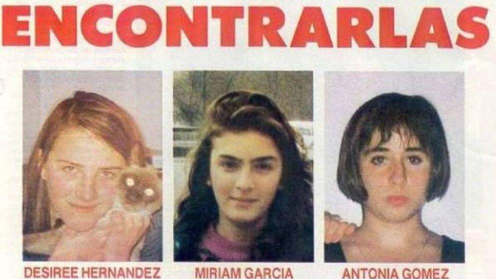 Foto: Desireé, Miriam y Toñi, las 'niñas de Alcàsser' (Efe)