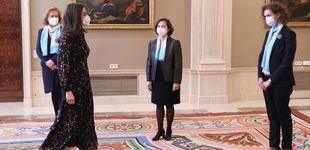 Post de El vestido confeti de la reina Letizia con el que apoya el empoderamiento femenino