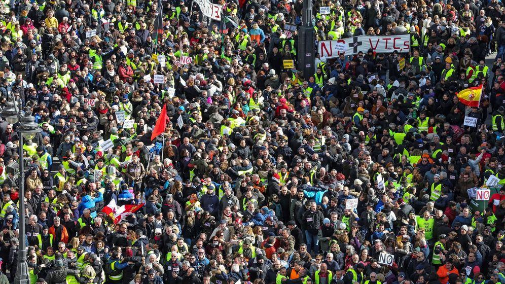 Foto: Manifestación para protestar contra los recortes en pensiones