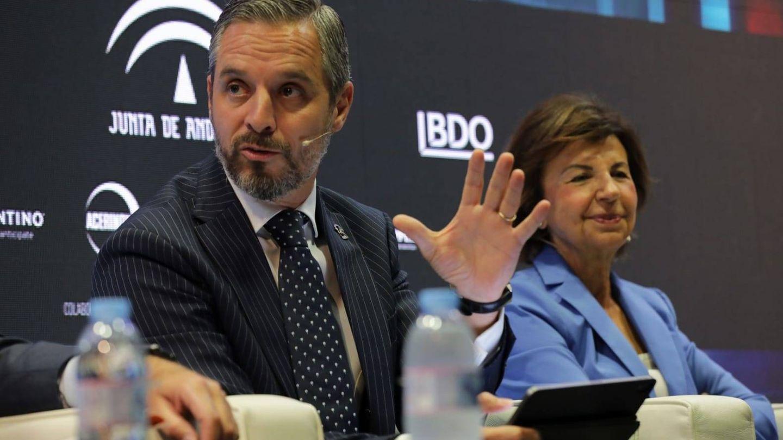Juan Brabo, durante la segunda ponencia. (EC)