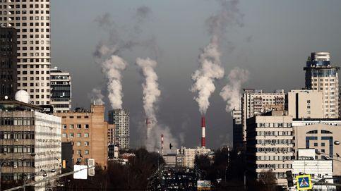 El Gobierno prevé triplicar la fiscalidad ambiental en 2050 para recaudar el 5% del PIB