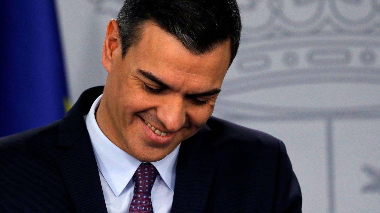 Pedro Sánchez con la corbata de lunares. (Reuters)