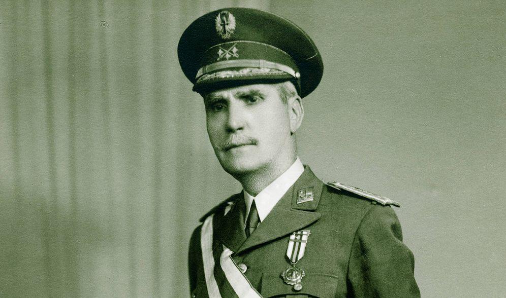 Foto: El general Rafael Latorre Roca. La fotografía proviene de la colección particular de la familia Fernández Corte