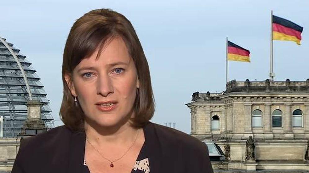 Foto: Marie Kapretz, la anfitriona de Puigdemont en Berlín. (YouTube)