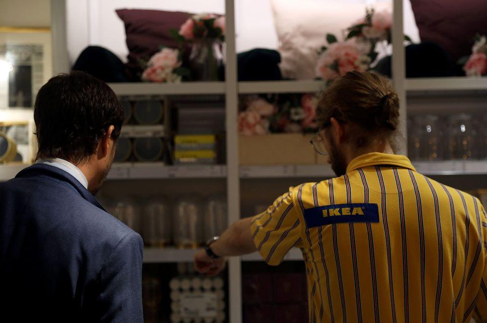 Foto: Ikea cobra entre cinco y nueve euros por paquete desde ahora. (Reuters)