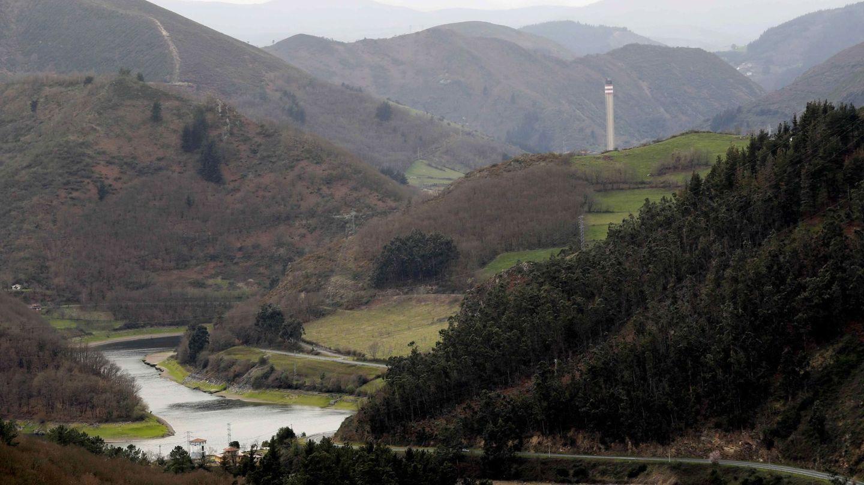 Vista del entorno de la térmica de Soto de la Barca (Tineo), de la compañía energética Naturgy
