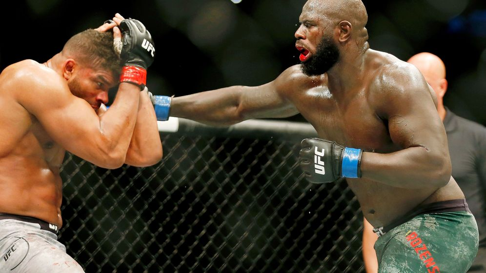 Foto: Jairzinho Rozenstruik contra Alistair Overeem (USA TODAY Sports)