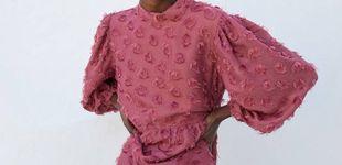 Post de El vestido colorido de la invitada perfecta de otoño está en Sfera y es un 10