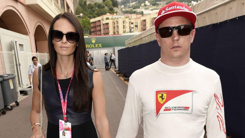 Kimi Raikkonen se casa en Italia con su novia modelo, Minttu Virtanen
