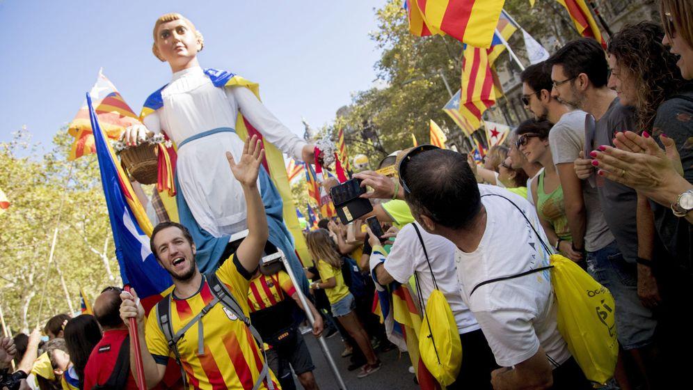 Foto: Imagenes de la manifestación a favor de la independencia durante la Diada de 2017 en Barcelona. (