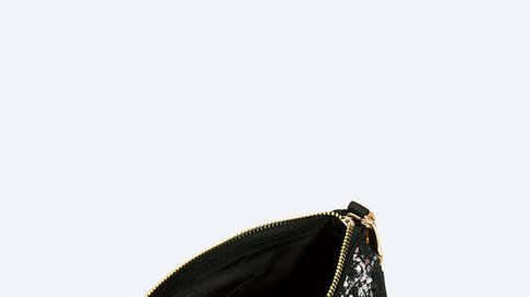 Uterqüe rebaja su bolso de fiesta más original y estiloso, ¡corre!