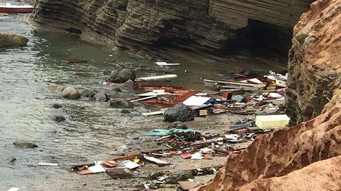 Tres muertos y 27 heridos tras volcar una embarcación de contrabando de personas en EEUU