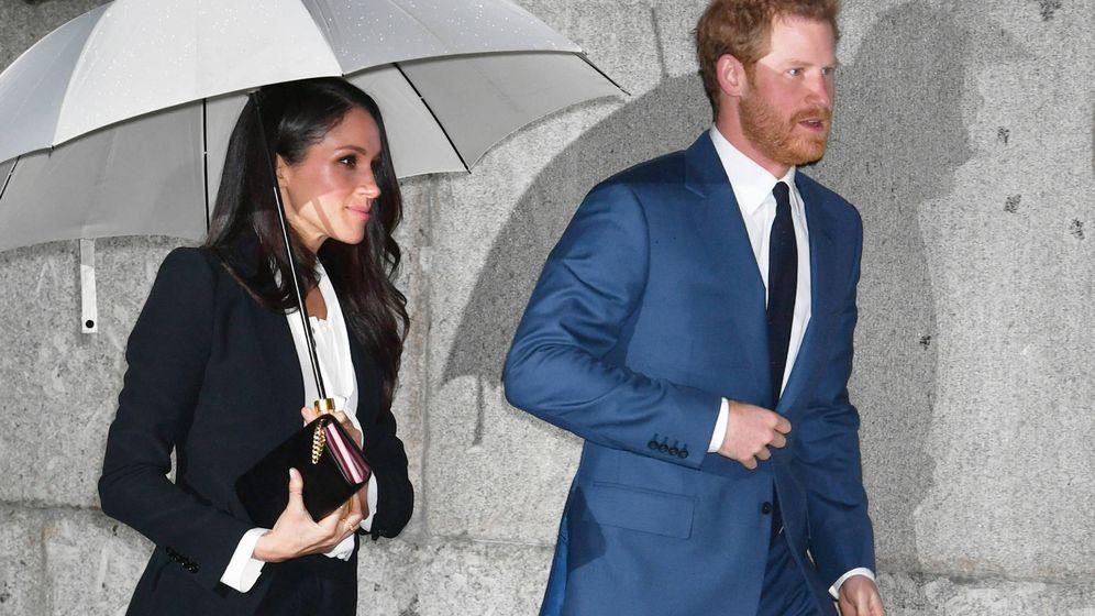 Foto: El príncipe Harry y Meghan Markle a su llegada al Goldsmiths' Hall. (Gtres)