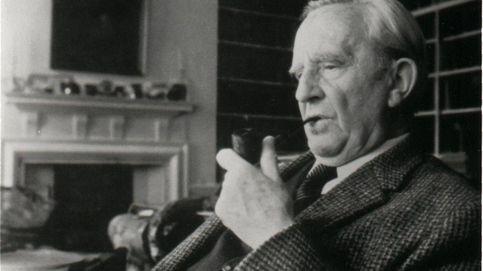 ¡Tolkien vive! El biopic del autor de 'El señor de los anillos' llegará a los cines en primavera