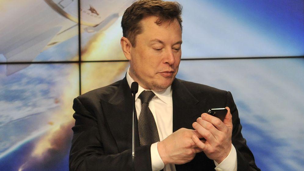 Foto: Elon Musk vuelve a pedir en público que eliminemos nuestra cuenta de Facebook. (Reuters)