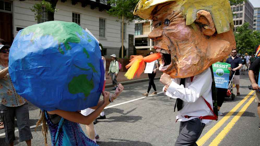 Foto: Protesta en Washington contra la política ecológica de Donald Trump. (Reuters)
