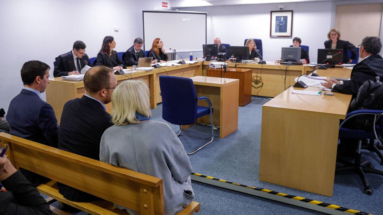 El director de Recursos Humanos de Ryanair, Darrell Hughes, durante el juicio en contra de la aerolínea irlandesa por su ERE en Canarias en la Audiencia Nacional en marzo (EFE)