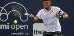 Post de El tenista español Nicola Kuhn se desploma en pleno partido del Miami Open
