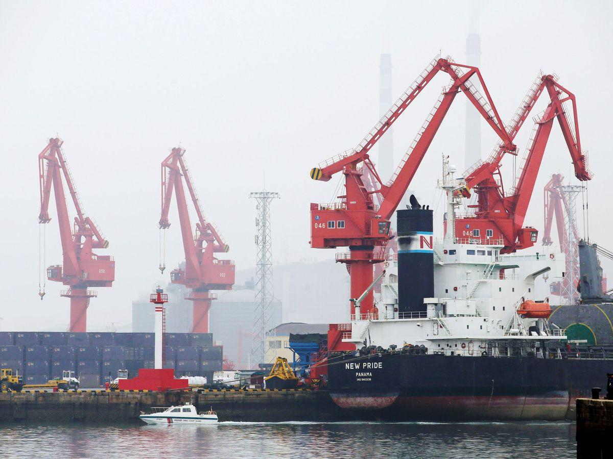 Foto: Buque de crudo en Qingdao. (Reuters)