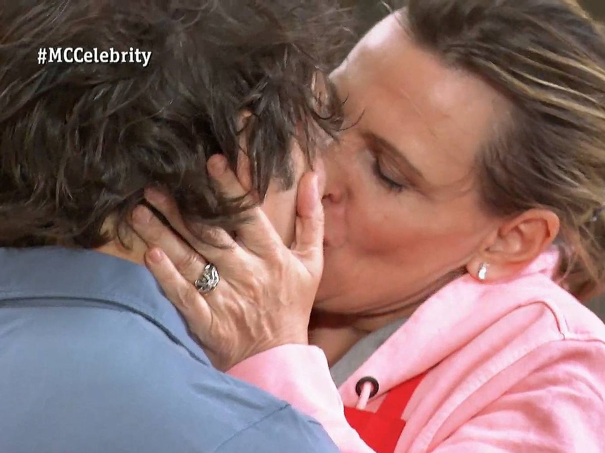 Foto: Jordi Cruz y Ainhoa Arteta, en 'Masterchef Celebrity'. (TVE)