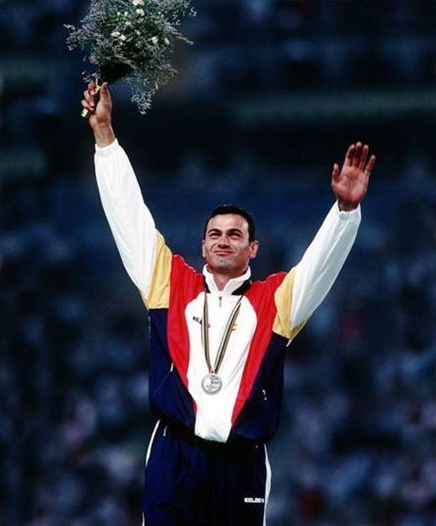Foto: Antonio Peñalver posa con su medalla en Barcelona'92.