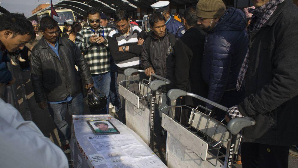 Nepalíes en las obras del Mundial: crónica de una muerte anunciada