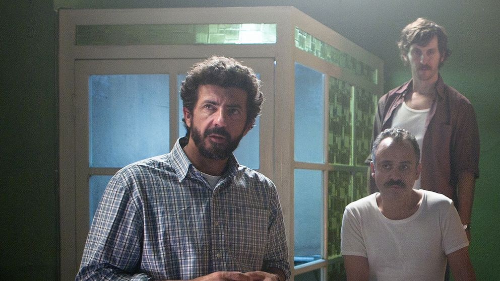 Los directores españoles saltan del cine a la televisión