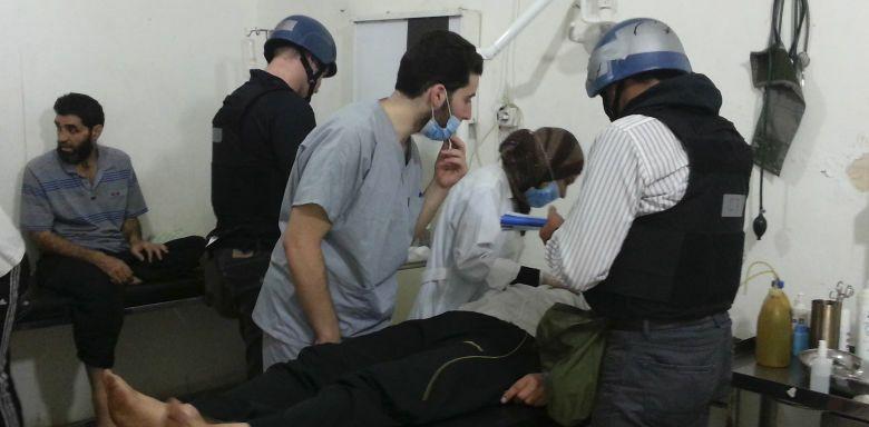 Inspectores de la ONU durante la visita a la zona del ataque (ONU).