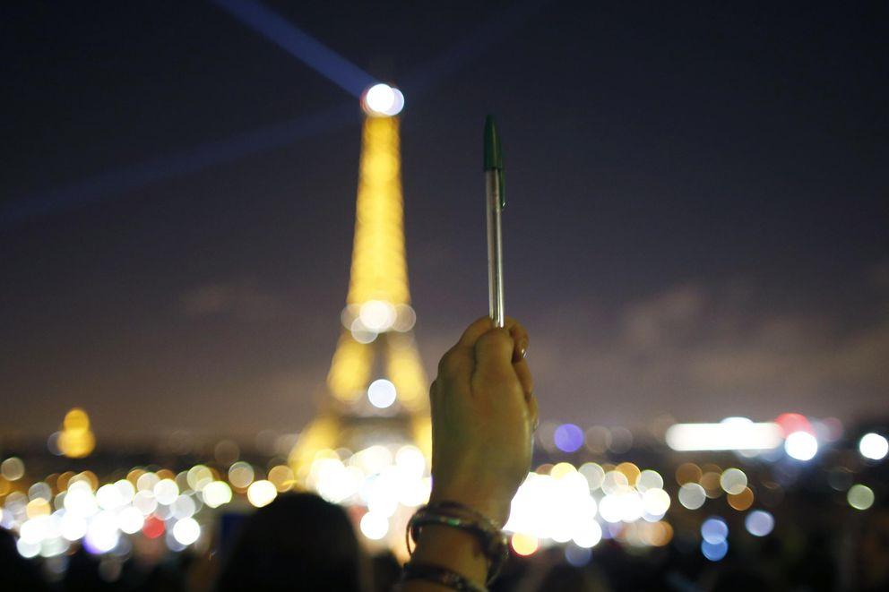 Foto: Francia enmudece por el ataque a Charlie Hebdo
