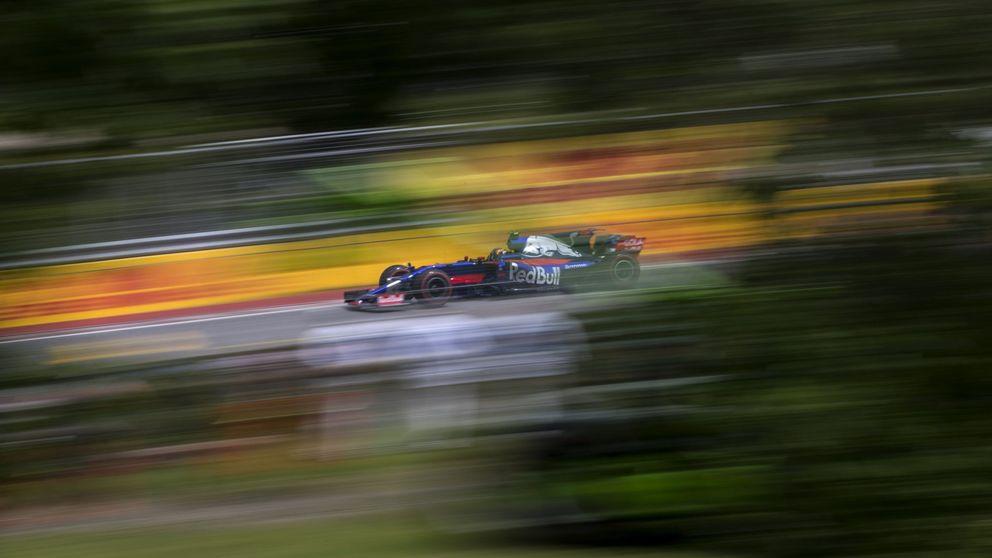 El enfado de Sainz: Han beneficiado a Kvyat, y a mí me hacían oídos sordos