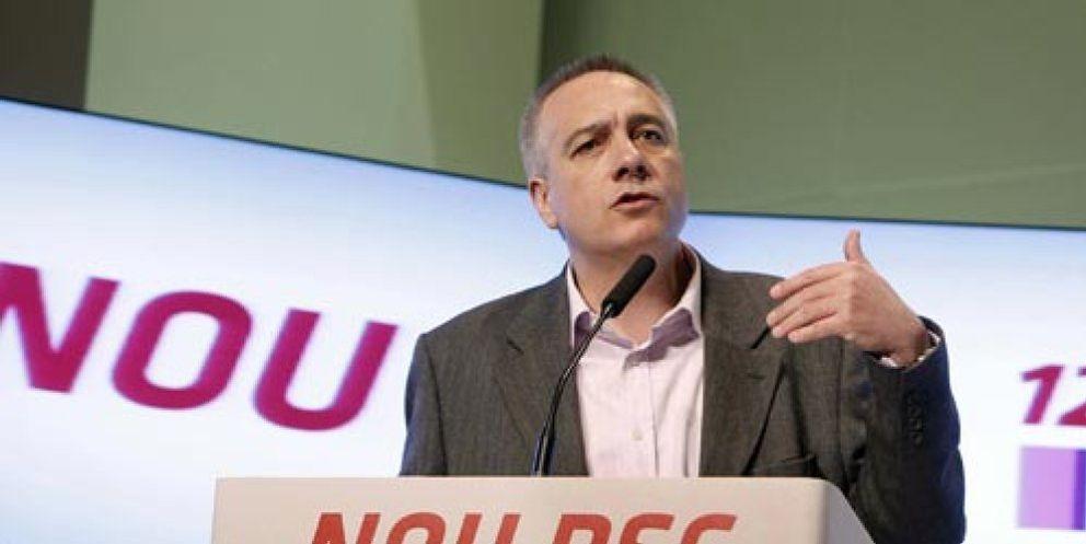 Foto: Navarro, el héroe que frenó el tsunami antisocialista, sustituye a Montilla en el PSC