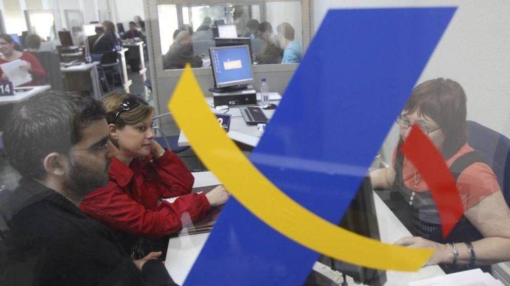 Foto: Oficina de la Agencia Tributaria. (EFE/Albert Olivé)