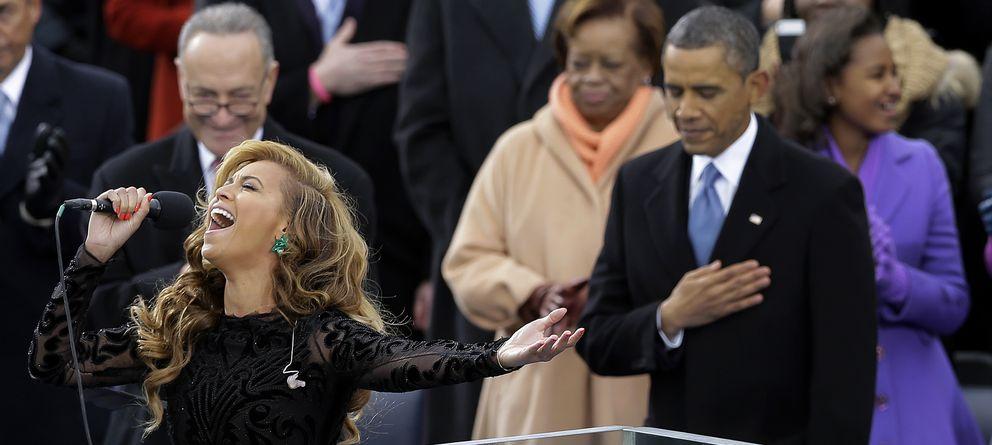 Foto: Barack Obama y Beyoncé durante un acto en Washington en enero de 2013 (I.C.)