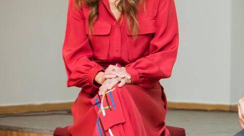 Rania de Jordania tiene la clave para triunfar con solo dos prendas y Massimo Dutti también