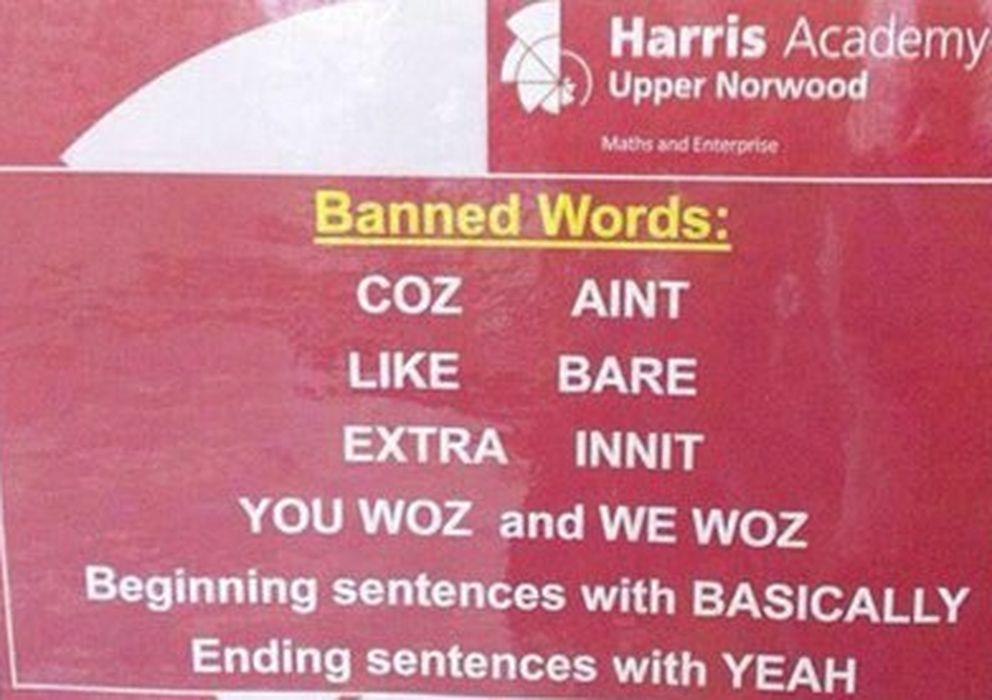 Foto: Este es el cartel donde aparecen las palabras 'prohibidas' en la escuela londinense. (Twitter)