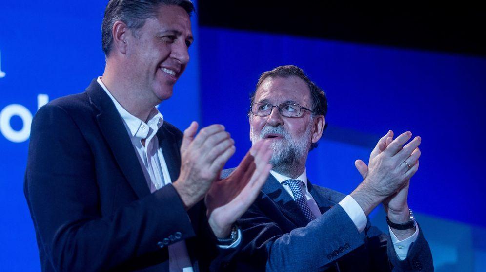 Foto: El presidente del Gobierno, Mariano Rajoy, y el candidato del PPC a la presidencia de la Generalitat, Xavier García Albiol. (EFE)