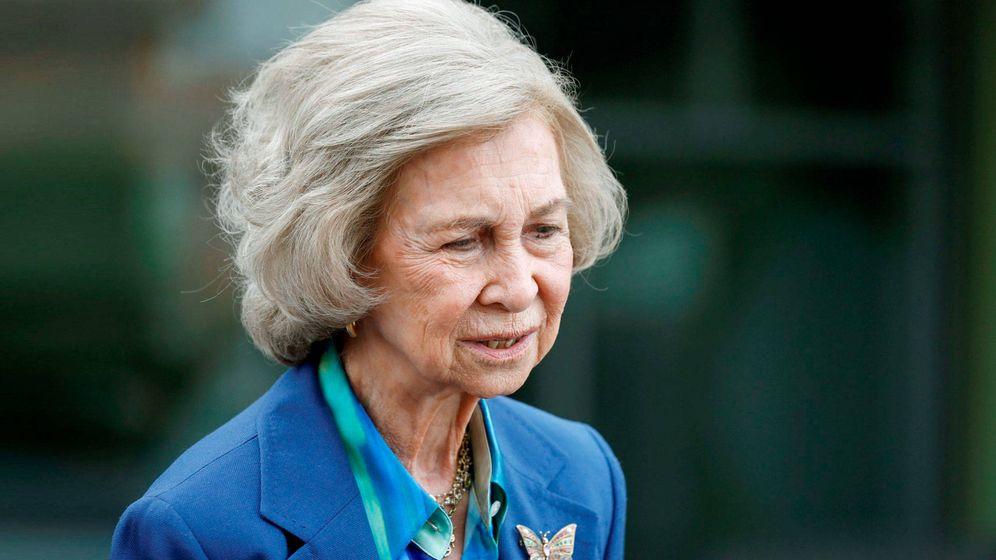 Foto: La reina Sofía, estos días visitando al rey Juan Carlos. (EFE)