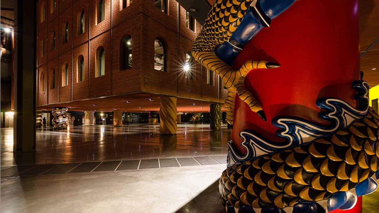 Detalle de una de las columnas de Alhóndiga Bilbao (EC)