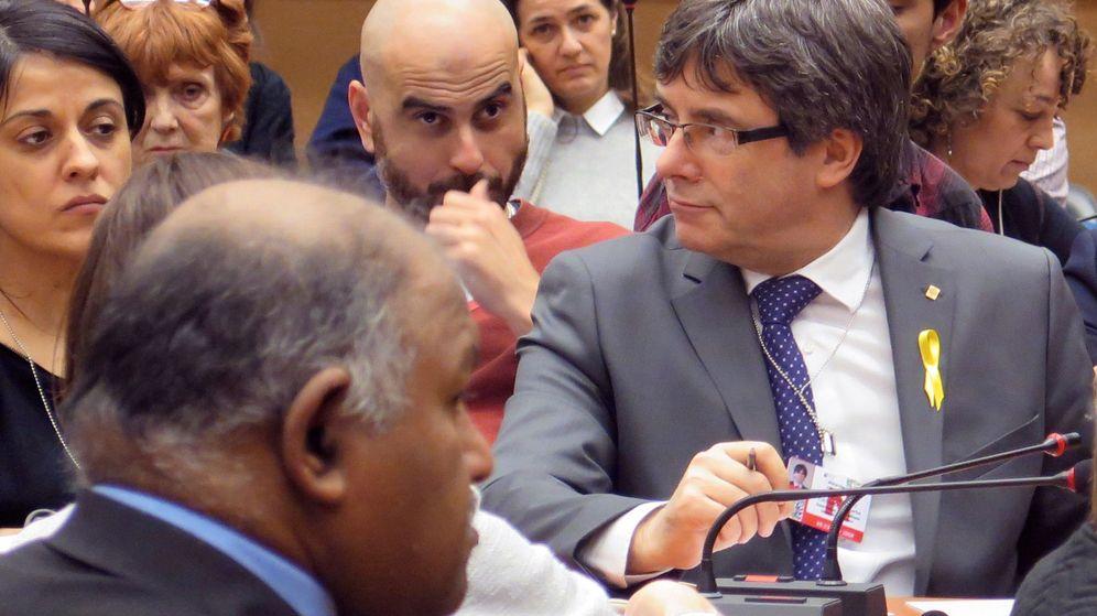 Foto: Puigdemont y Gabriel en un acto en Suiza. (EFE)