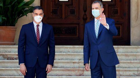 Silencio contra ira: enésimo choque en el Gobierno por el 'exilio' de Juan Carlos I
