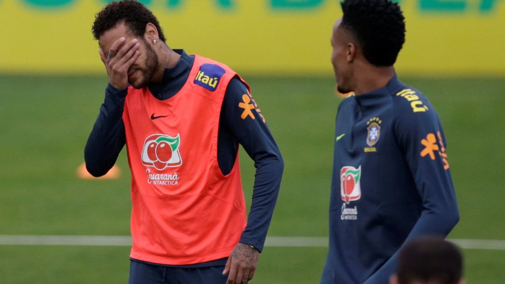 El lío de Neymar: la mujer aporta imágenes y hay un informe médico