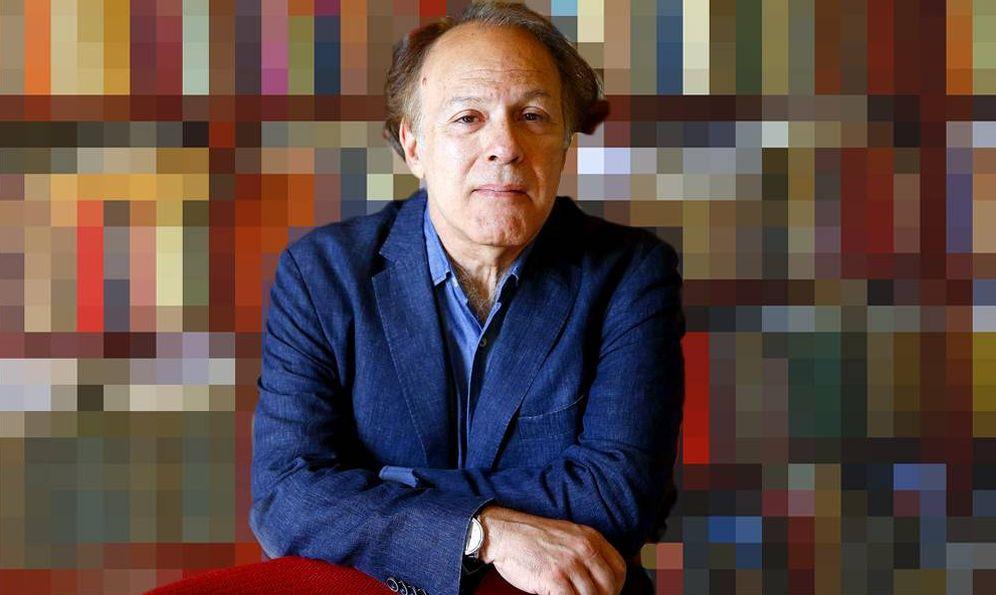 Foto: El escritor Javier Marías (montaje: Carmen Castellón)
