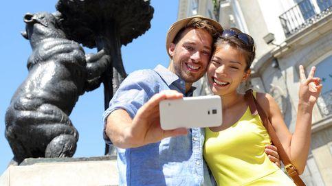 Plan romántico en pareja: masaje relax con piedras calientes y cena en Madrid