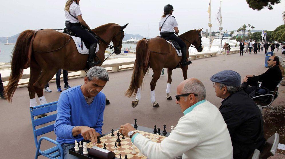 Foto: Jubilados juegan al ajedrez