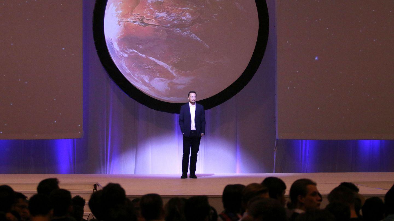 Elon Musk presenta sus planes para colonizar Marte en 2014 (Reuters)