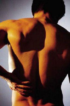 Los españoles sufren, sobre todo, dolores de cabeza y de espalda