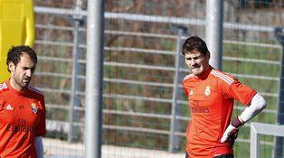 Mou quiere a Diego López y abriría la mano para el fichaje de Courtois por el Madrid