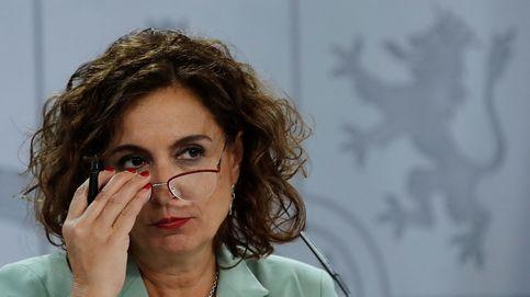 Montero confirma que las pensiones se irán ligadas al IPC y ve los PGE para enero